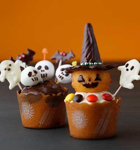 ハロウィンのカップケーキ - もうハロウィンなの?  テレビを見ていたら、ディズニー・ハロウィー