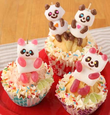 パンダのカップケーキ