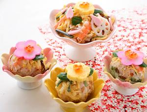 お花見弁当-てまり寿司アレンジ