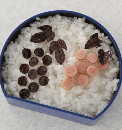 かんたん海苔弁お絵かき-ぶどう弁当
