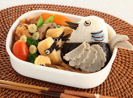20100806祝キジバト巣立ち弁当-たまご焼きでヒナを作る