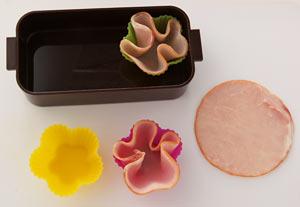 ハムの花のサンドイッチ 弁当