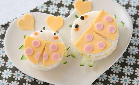 てんとう虫のバレンタインサンドイッチ