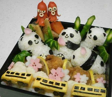 はれ予報3月号② お花見パンダおにぎり